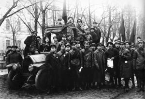 Отряд красногвардейцев на Конногвардейском бульваре, Петроград, 1917.