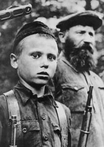 Дед и внук - партизаны